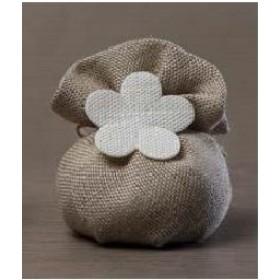 Sacchetti in Juta beige con fiore bianco Conf. da Pz.10